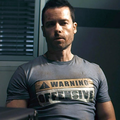 Guy Pearce's Warning Offensive Lockout T-Shirt